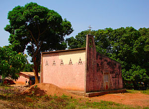 지긴쇼르: Ziguinchor-Church-2007