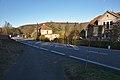 Značka konec obce u silnice I-43 procházející středem vesnice, Sasina, Svitávka, okres Blansko.jpg