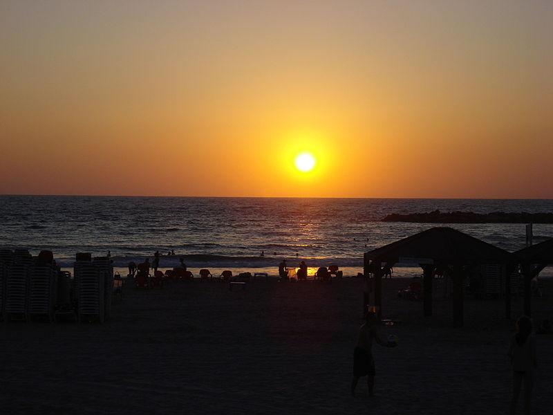 File:''Taielet'' de Tel Aviv.jpg