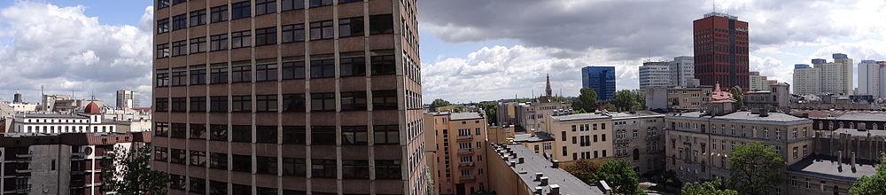 Widok na Śródmieście, po prawej w oddali Śródmiejska Dzielnica Mieszkaniowa (2012)