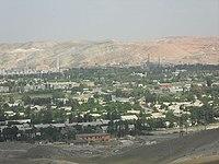 Вид города Кувасай с Муянского кладбища.jpg