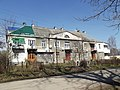 Понищений ремонтами будинок - panoramio.jpg