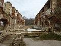 Руины замка в Ушаково.jpg