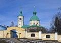 Церковь Иоанна Богослова. Вид с центрального входа на кладбище.jpg