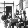 חדר הסנדלרים המחנה המעצר במאוריציוס (אלבום מחנה המעצר במאוריציוס חיי המחנה מ-26 -PHAL-1615786.png