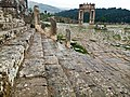 درج يؤدي للمعبد بمدينة جميلة الأثرية.jpg