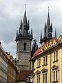 082 L'església de Týn des de Štupartská Ulice.jpg