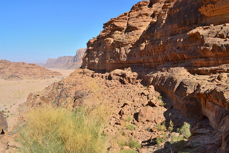 File:08 Lawrence of Arabia Spring -A View of Wadi Rum Village in the Distance - panoramio.jpg
