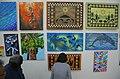 11.03 總統偕蘇嘉瓦瑞總理進入索國國家藝廊參觀,由專人解說導覽內部展列的畫作暨手工藝品 (37422554594).jpg