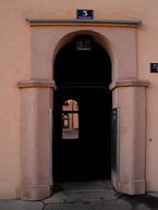 1210_Wien_Carrogasse_3_Door.JPG