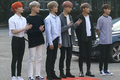 190802 NCT Dream KBS '뮤직뱅크' 리허설 출근길 직캠 영상 02.png