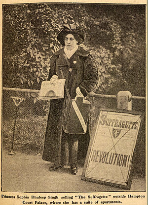 Sophia Duleep Singh - Sophia Duleep Singh selling The Suffragette in 1913