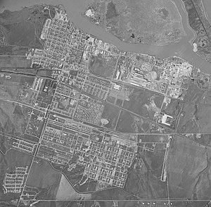 Camp Stoneman - Mach 21, 1951, view of Pittsburg, Calif., with Camp Stoneman in the lower left, bordered by Railroad Ave., Contra Costa Canal, and California Street.