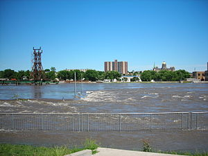 Des Moines River on :en:June 13, :en:2008. The...