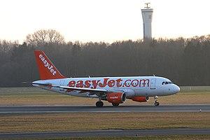 2012-03-15 A319 U2 G-EZDU EDDH 01.jpg