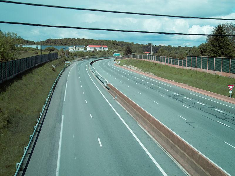 This file was uploaded  with Commonist.    Autoroute A36 à Pérouse. Photo réalisée avec un filtre ND16 et un filtre ND400.