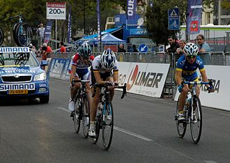 2013 UCI Road World Championships – Women's junior road race - Front group (lap 1)