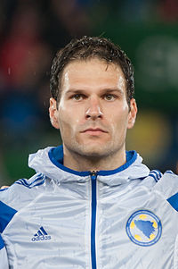 Asmir Begovic - the cool, enigmatic,  football player  with Bosnian roots in 2019