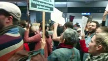 File:2017 SFO airport protest (20170128171121).ogv
