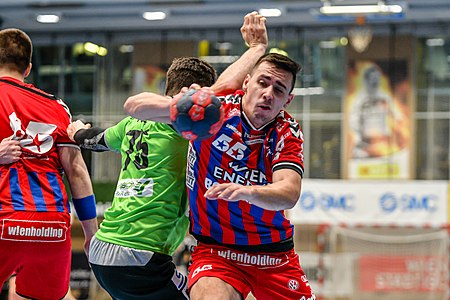 20180217 Fivers vs. Westwien Fuchs Martinovic 850 3973.jpg
