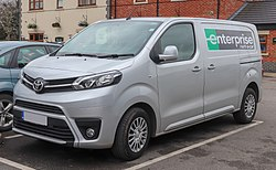 2018 Toyota Proace Comfort 2.0 Front.jpg