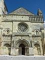 504 - Façade église Saint-Médard - Thouars.jpg