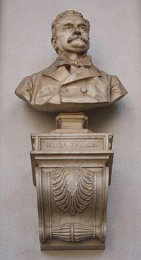5582 - Palazzo di Brera, Milano - Giulio Branca - Busto a Paolo Ferrari - Foto Giovanni Dall'Orto, 1-Oct-2011.jpg