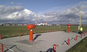 Runway visual range - Image: AGIVIS 2000 Runway Visual Range System