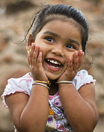 A child in India (cropped).jpg