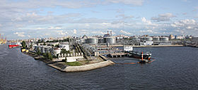 A stitched Port of Saint Petersburg 2009 d.jpg