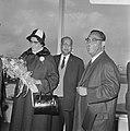 Aankomst dr. J. H. E. Ferrier , gouverneur van Suriname Schiphol. J. H. E. Ferri, Bestanddeelnr 921-1425.jpg