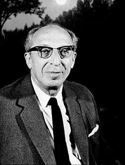 Aaron Copland in 1962.jpg