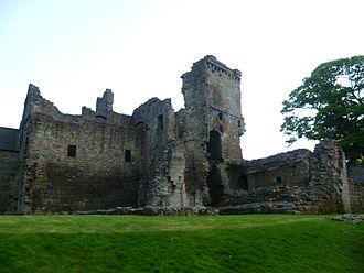 Aberdour Castle - Aberdour Castle ruins, 2010