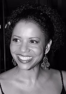 Actress gloria reuben photo by christopher peterson cropped retouched.jpg