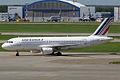 Air France, F-GKXA, Airbus A320-211 (16270518009).jpg