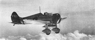 Mitsubishi A5M - An A5M from the aircraft carrier Akagi in flight with an external fuel tank (1938 or 1939)