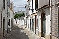 Alley in São Bras de Alportel (36220645053).jpg