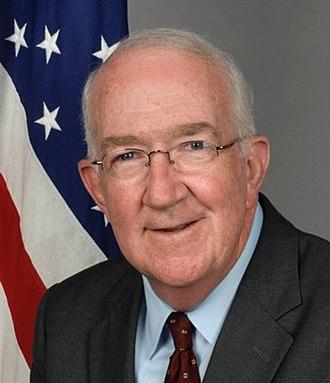 Ken Hackett - Image: Ambassador Ken Hackett