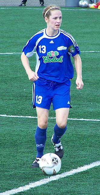 Amy Walsh (soccer) - Image: Amy walsh 23juillet 2006