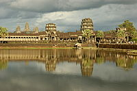 Angkor Wat (September 2009a).jpg