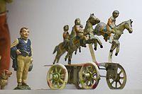 Antique wind-up steeplechase horses (25909155582).jpg