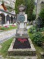 Anton Hansch Grabmal, Petersfriedhof Salzburg (1).jpg