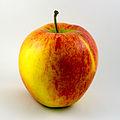 Apfel-Pinova.jpg