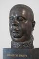 Archivos del Movimiento Obrero (RPS 16-03-2021) busto de Indalecio Prieto.png