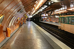 Arts et Metiers station, April 8, 2011.jpg
