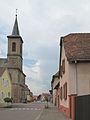Artzenheim, l'église Saint-Jacques in straatzicht foto4 2013-07-24 13.44.jpg