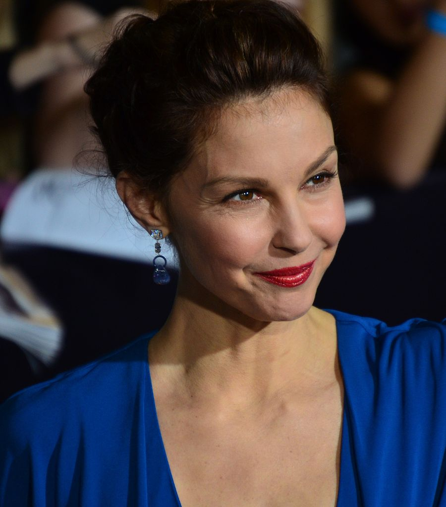 Is Ashley Judd Still Married To Race Car Driver