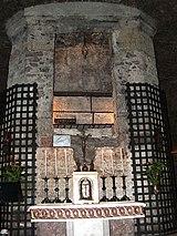 Túmulo de São Francisco, em Assis, o altar guarda suas relíquias.