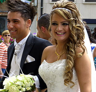 Assyrian wedding, Mechelen.jpg