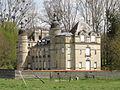 Auger-Saint-Vincent (60), château, rue du Chapitre 3.JPG